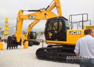 JCB JS300